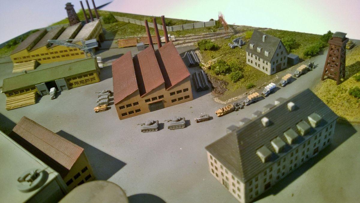 Diorama base navale 1/700 - Page 3 XxcMlK4
