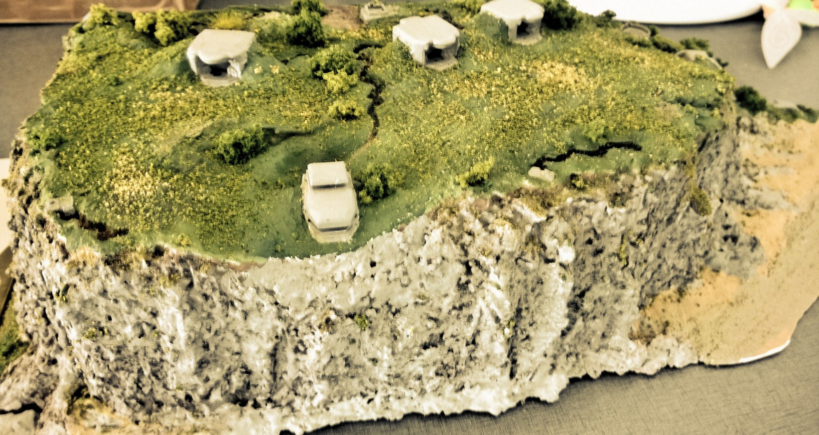Diorama base navale 1/700 - Page 3 HoVdlnZ