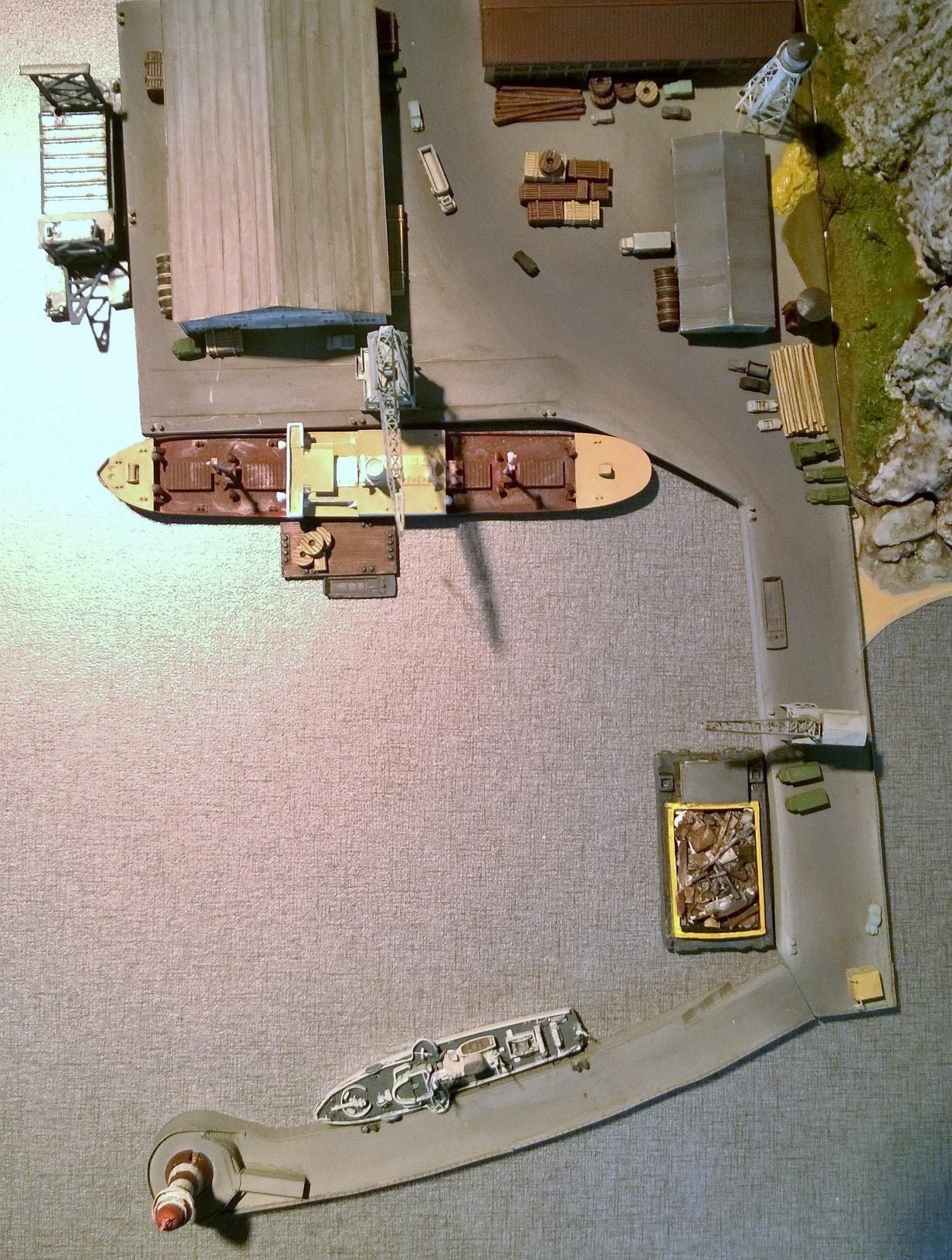 Diorama base navale 1/700 - Page 3 TNCZH